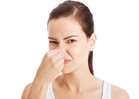 Vùng kín có mùi hôi cảnh bảo bệnh lý nào
