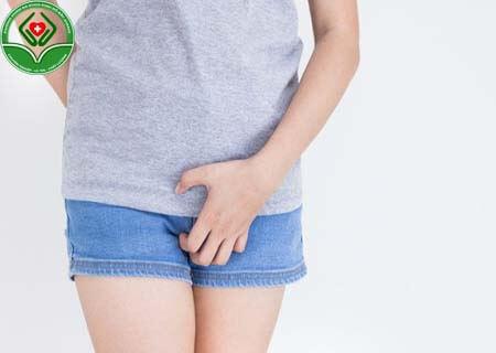 Viêm âm đạo gây ngứa rát vùng kín
